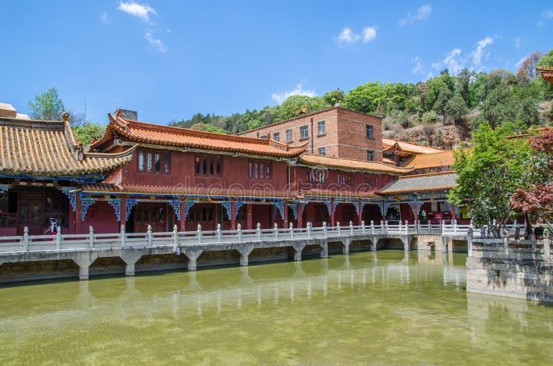Den Yuantong templet är den mest berömda buddistiska templet i det Kunming, Yunnan landskapet, Kina royaltyfria bilder