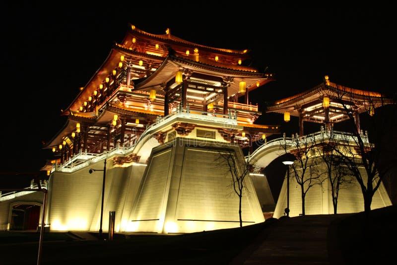 Den Ziyunlou byggnaden i aftonen, xian royaltyfri foto