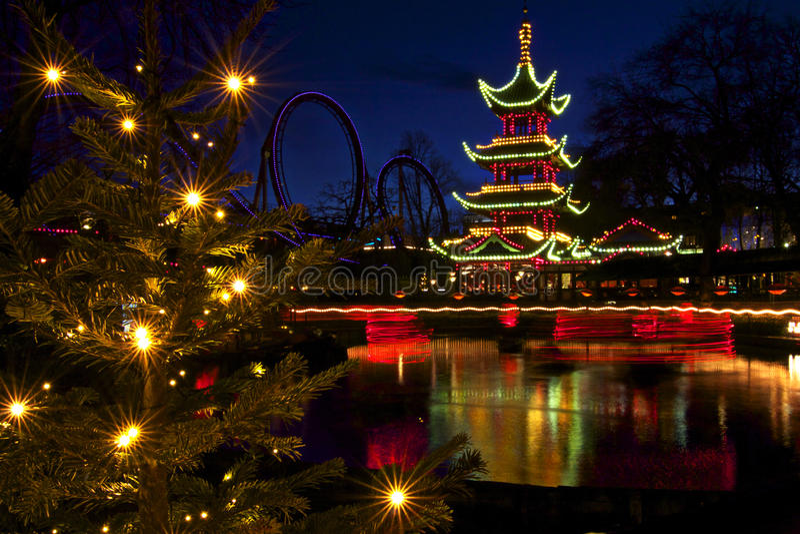 Denemarken: Kerstmis in Tivoli stock foto's