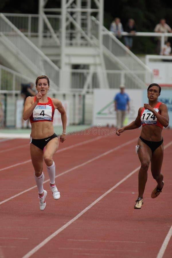 Denisal Rosolova und Stephanie Durst - Seitentriebe stockfotos