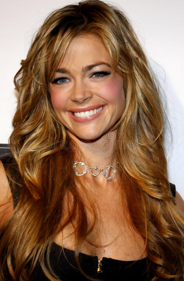 Denise Richards. At the Shapewear Instant Shape Launch Party held at the Opera in Hollywood on October 25, 2007 stock photos