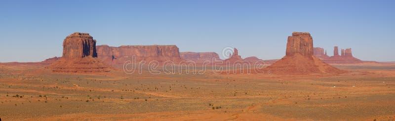 Denkmal-Tal-Panorama mit 5 MESAs stockfotografie