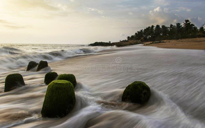 Denny brzeg, Ullala plaża, Mangalore, Karnataka, India fotografia stock