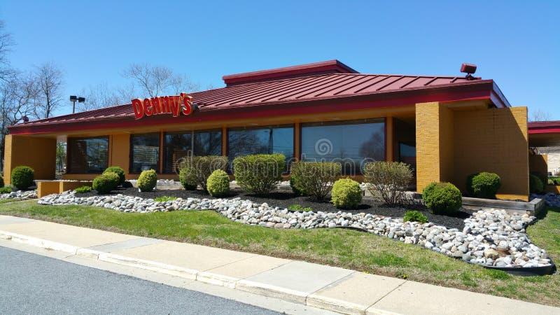 Dennys餐馆和美国吃饭的客人在美国-费城/宾夕法尼亚- 2017年4月8日 免版税库存图片