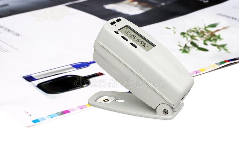 Densitómetro en la hoja impresa desplazamiento imágenes de archivo libres de regalías