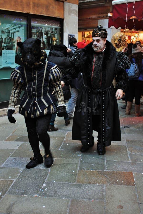 denstil maskeringen, den Venedig karnevalet är en av de mest berömd i världen, dess karakteristiskt är maskeringarna som skapas t arkivfoto