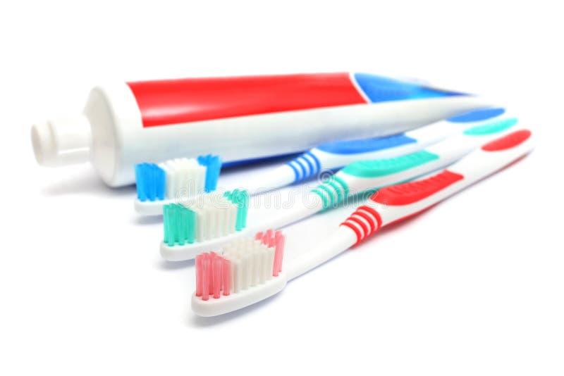 Dentífrico e toothbrush foto de stock