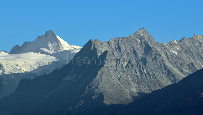 Download Dent D'Herens Royalty Free Stock Images - Image: 16046309