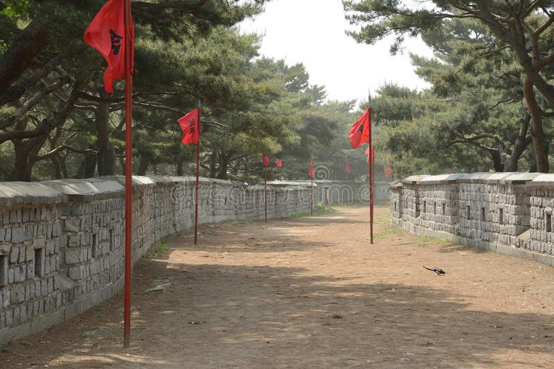 Dente reto do sudoeste de Sunwon Hwaseong imagens de stock