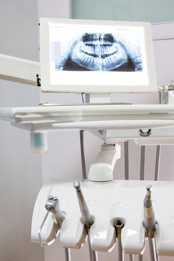 Dentes do raio X para a verificação fotos de stock royalty free
