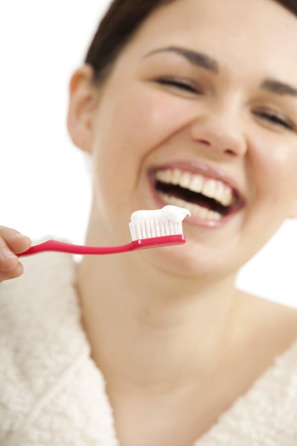 Denti di spazzolatura immagini stock libere da diritti