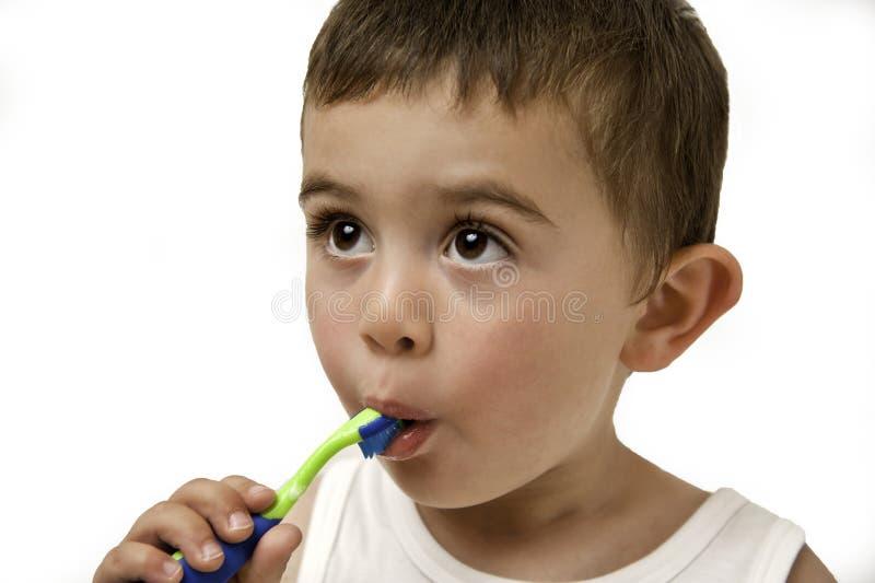 Denti di spazzolatura del bambino immagine stock libera da diritti