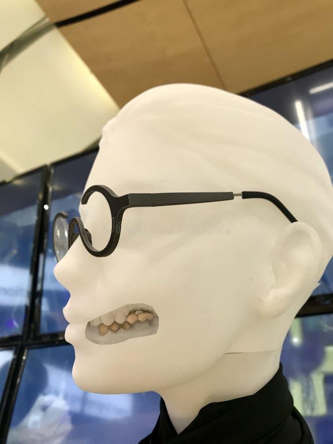 denti temporanei del ponte e della corona stampati 3D immagini stock libere da diritti