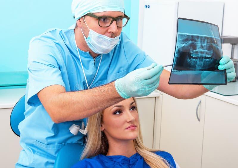 Dentiste photos libres de droits
