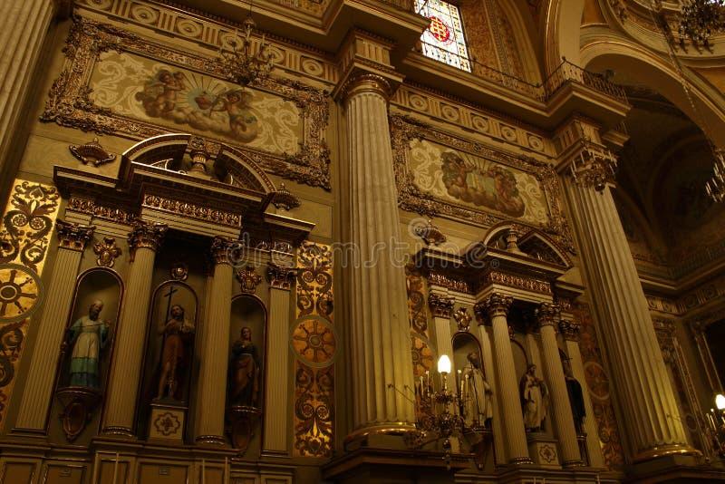 Dentro da catedral em Leon, Guanajuato imagem de stock
