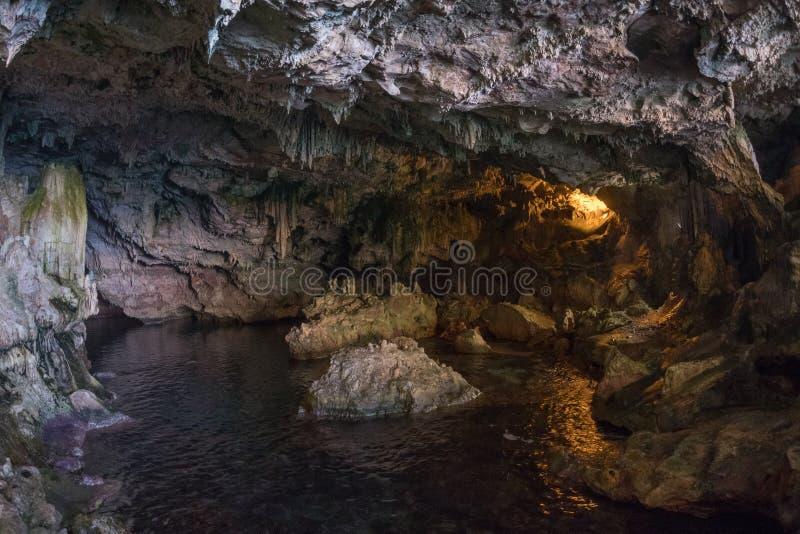 Dentro da caverna de Nettuno em Sardinia imagens de stock royalty free