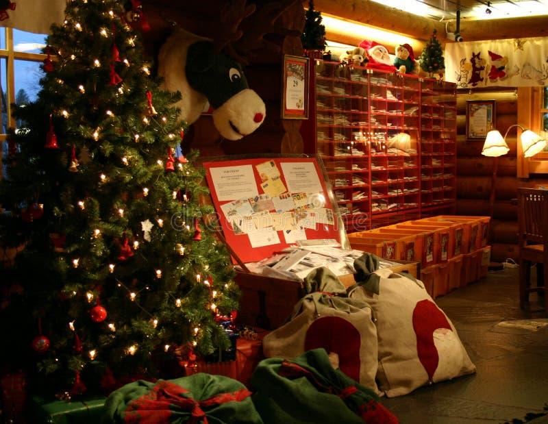 Dentro da estação de correios principal do Papai Noel fotos de stock