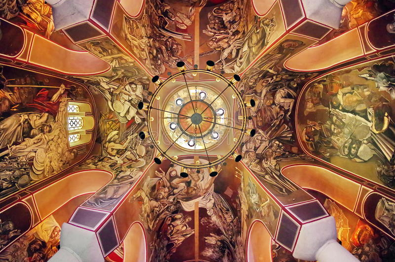 Dentro da igreja de Tsarevets foto de stock royalty free