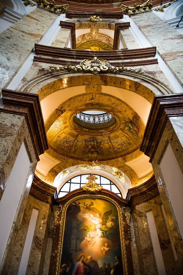 Dentro da igreja do St. Charles fotos de stock royalty free