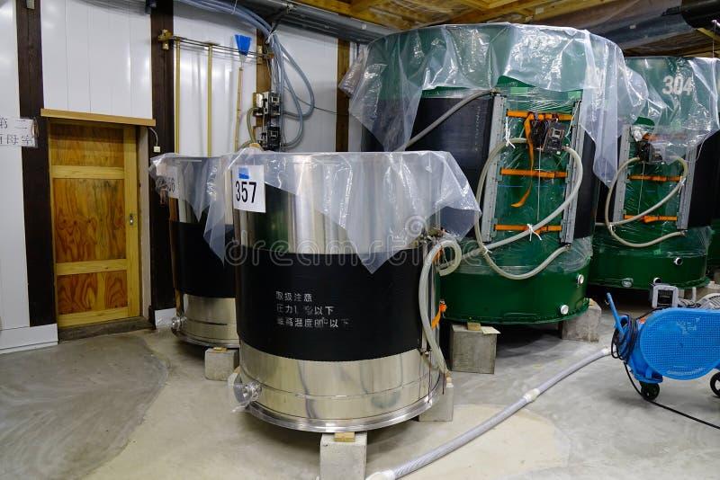 Dentro de fábrica del vino del motivo en Akita, Japón foto de archivo libre de regalías