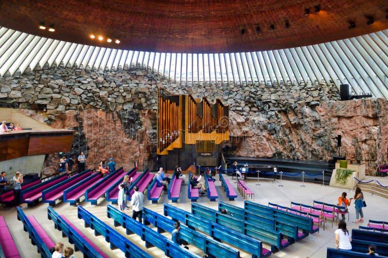 Dentro de iglesia de la roca, Helsinki fotografía de archivo libre de regalías