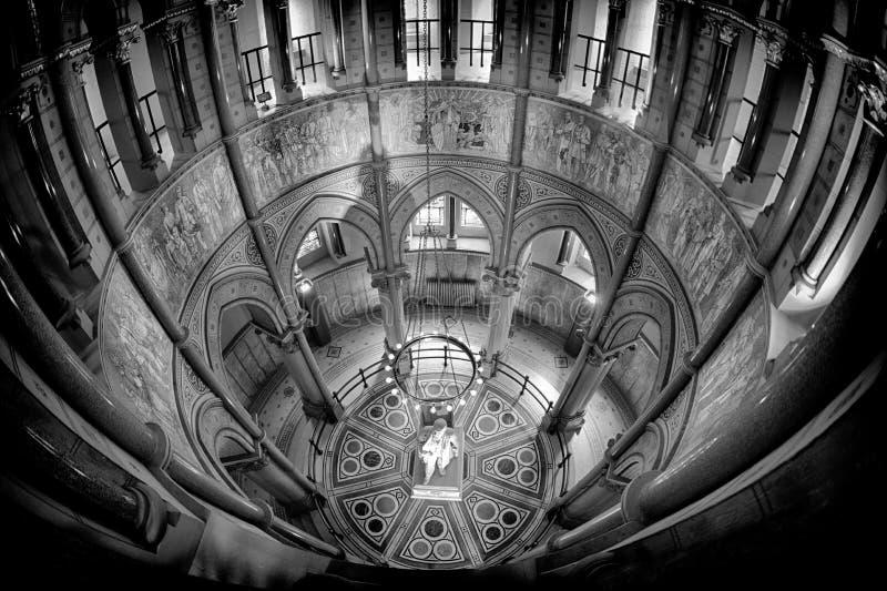 Dentro de James Garfield Memorial en Cleveland imagen de archivo