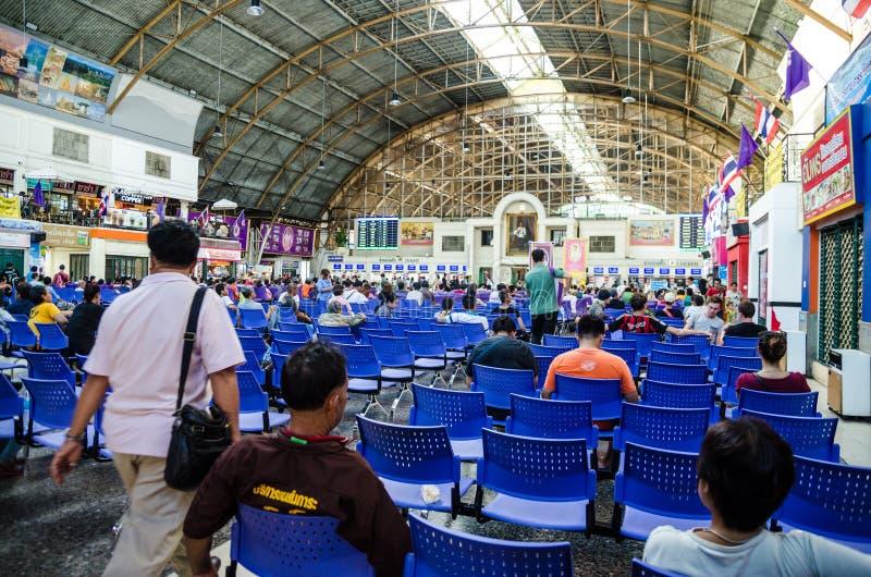 Dentro de la estación de tren de Bangkok, Tailandia fotos de archivo