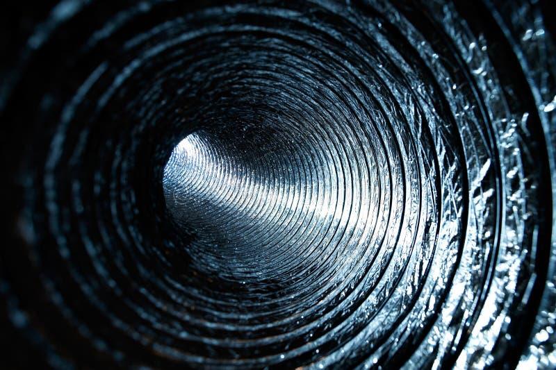 Dentro de um duto de ar fotografia de stock