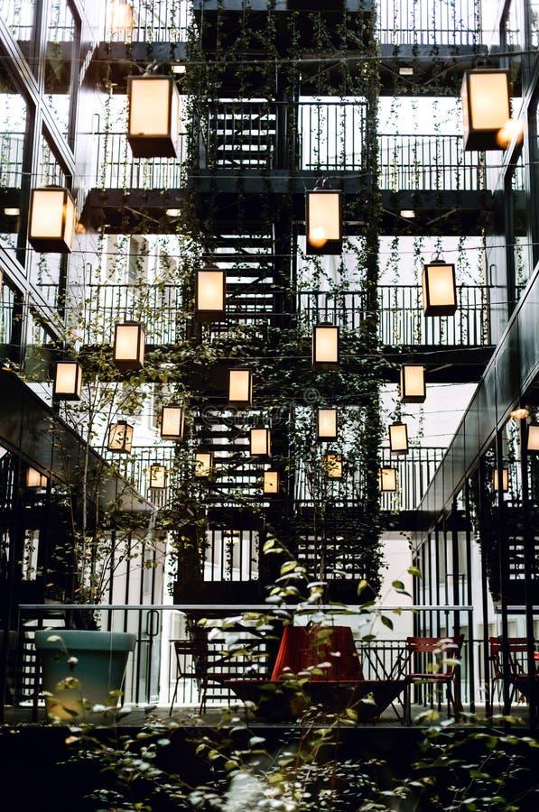 Dentro de um hotel em Bankside, Londres fotos de stock