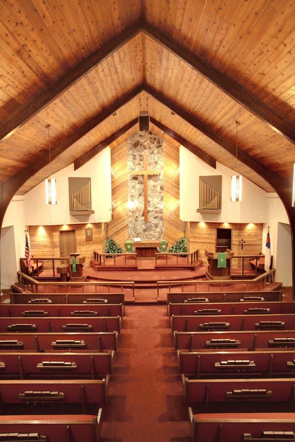 Dentro de uma igreja. imagens de stock