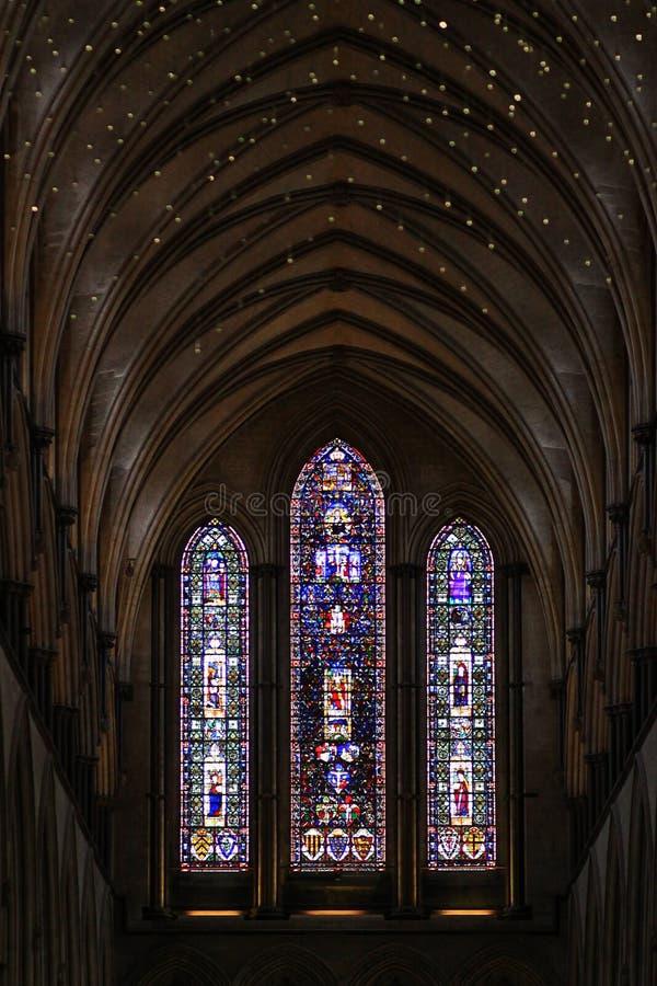 Dentro de uma igreja velha foto de stock