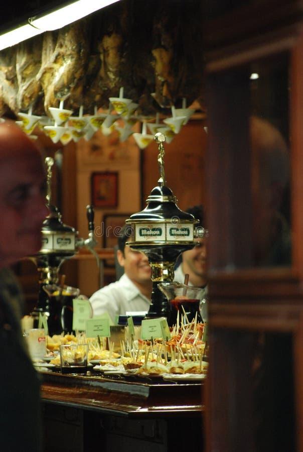 Download Dentro de un Pub español imagen de archivo editorial. Imagen de españa - 41900614