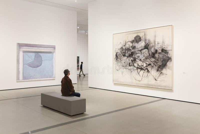 Dentro del amplio, un museo de arte contemporáneo en Los Ángeles imagenes de archivo