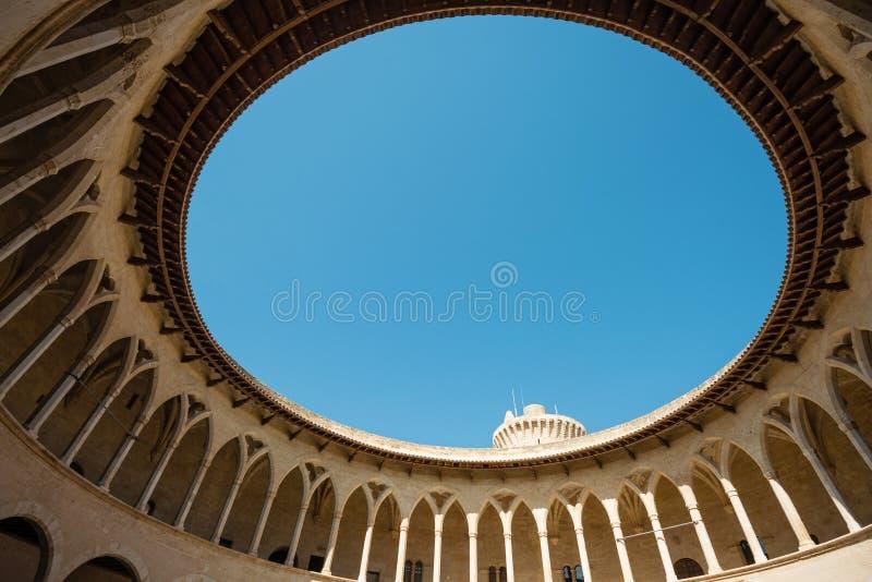 Dentro del castello di Bellver, Palma de Mallorca, Spagna fotografia stock libera da diritti