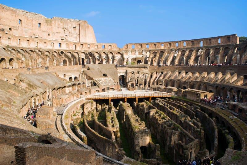 Dentro del Colosseum imagen de archivo libre de regalías