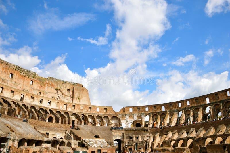 Dentro del Colosseum, Roma, Italia imagen de archivo