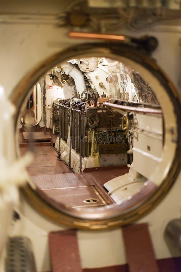 Dentro del submarino imagen de archivo libre de regalías