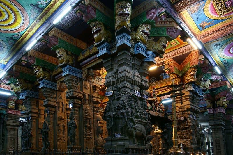 Dentro del templo hindú de Meenakshi en Madurai fotografía de archivo libre de regalías