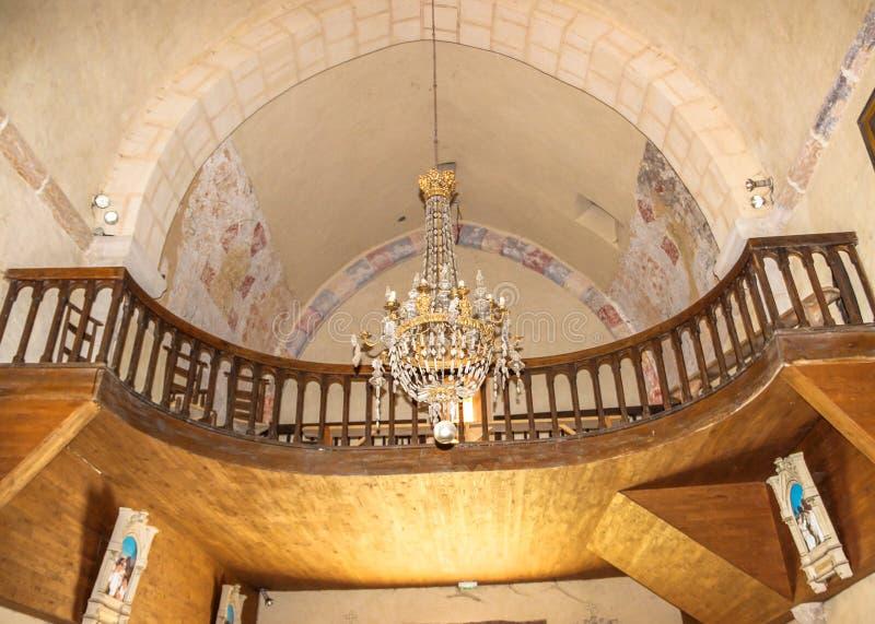 Dentro della chiesa di Saint Julien, Nespouls, Correze, Limosino, Francia immagini stock libere da diritti