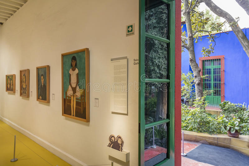 Dentro della mostra di Frida Kahlo Museums Collection fotografie stock