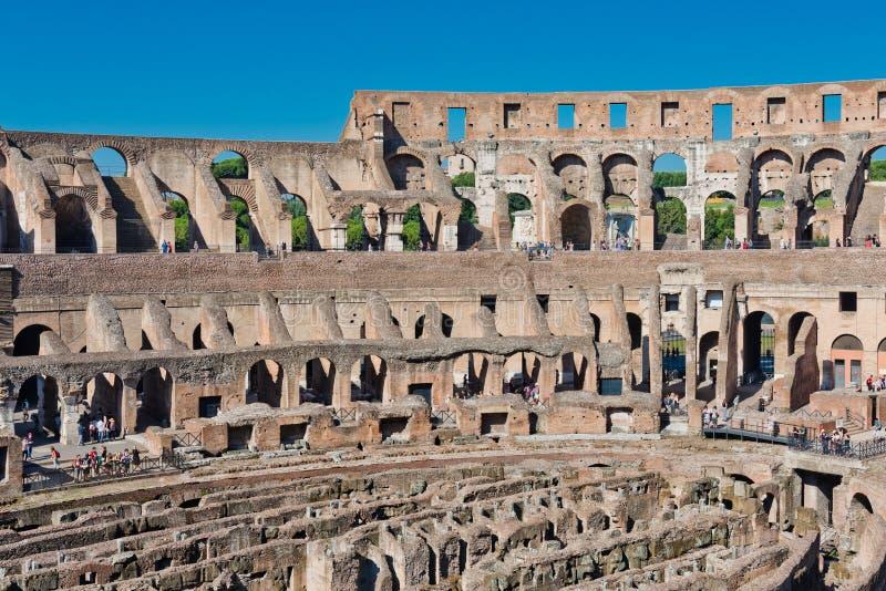 Dentro di Colosseum a Roma, l'Italia immagini stock libere da diritti