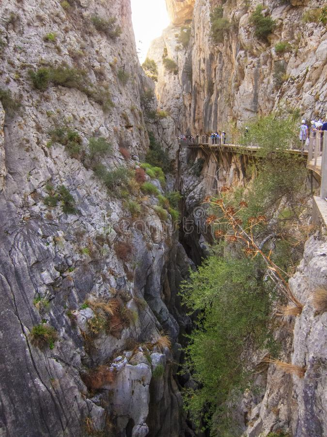 Dentro do Caminito del Rey, Espanha foto de stock