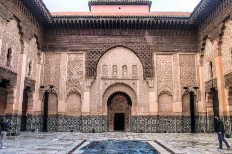 Dentro do medersa Ben Youssef em C4marraquexe, Marrocos fotografia de stock