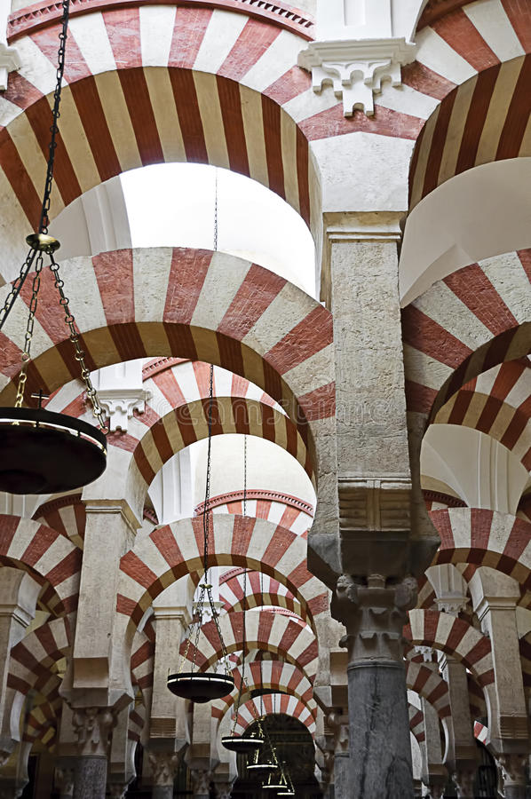 Dentro do Mezquita de Córdova, Spain