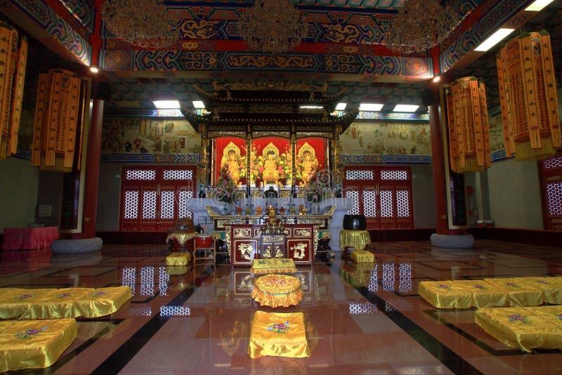 Dentro do templo imagens de stock