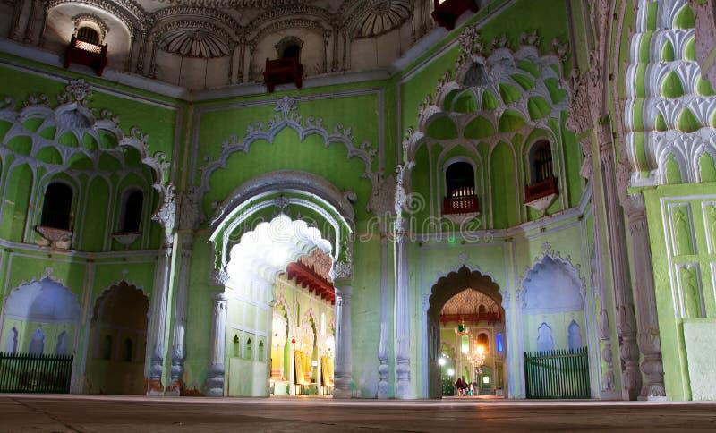 Dentro il Bara Imambara di Lucknow fotografie stock libere da diritti