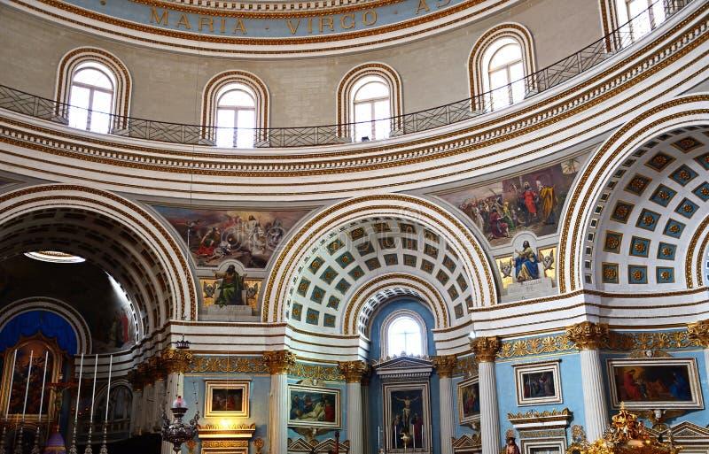 Dentro il rotunda di Mosta, Malta immagine stock libera da diritti
