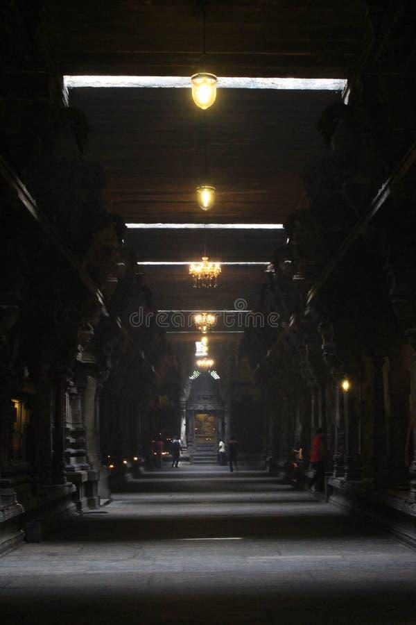 Dentro il tempio indù Sivan Kovil a Colombo immagine stock libera da diritti