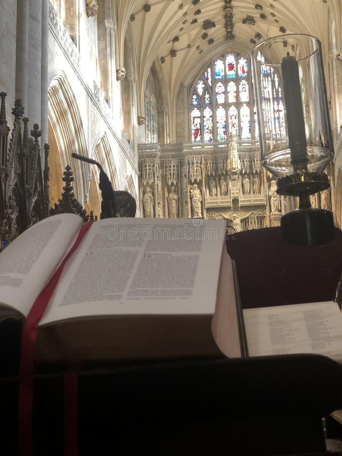 Dentro la cattedrale di Winchester fotografia stock