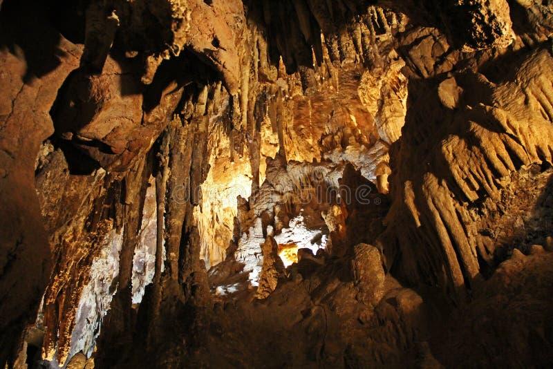Dentro la caverna del parco colossale della montagna della caverna immagini stock libere da diritti